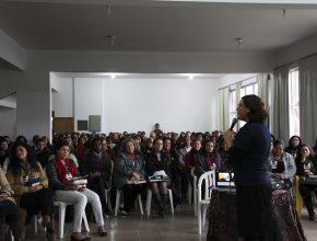Os professores da Escola Sabatina infantil também estiveram presentes.