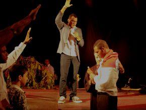 Após conhecer a Igreja Adventista do Sétimo Dia pela TV Novo Tempo, Leomar Santos decidiu ser batizado durante a Semana Jovem