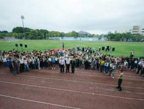 Dezenas de jovens atenderam ao apelo de voltar para seus clubes. (Fotos: Márcia Cavalcante)