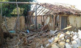 Escombros da antiga casa  (Foto: Arquivo pessoal)