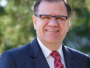 Pastor Douglas Menslin retorna ao Unasp-SP após 27 anos. Em 1988 ele saiu como aluno formando em Teologia e agora volta como diretor do campus