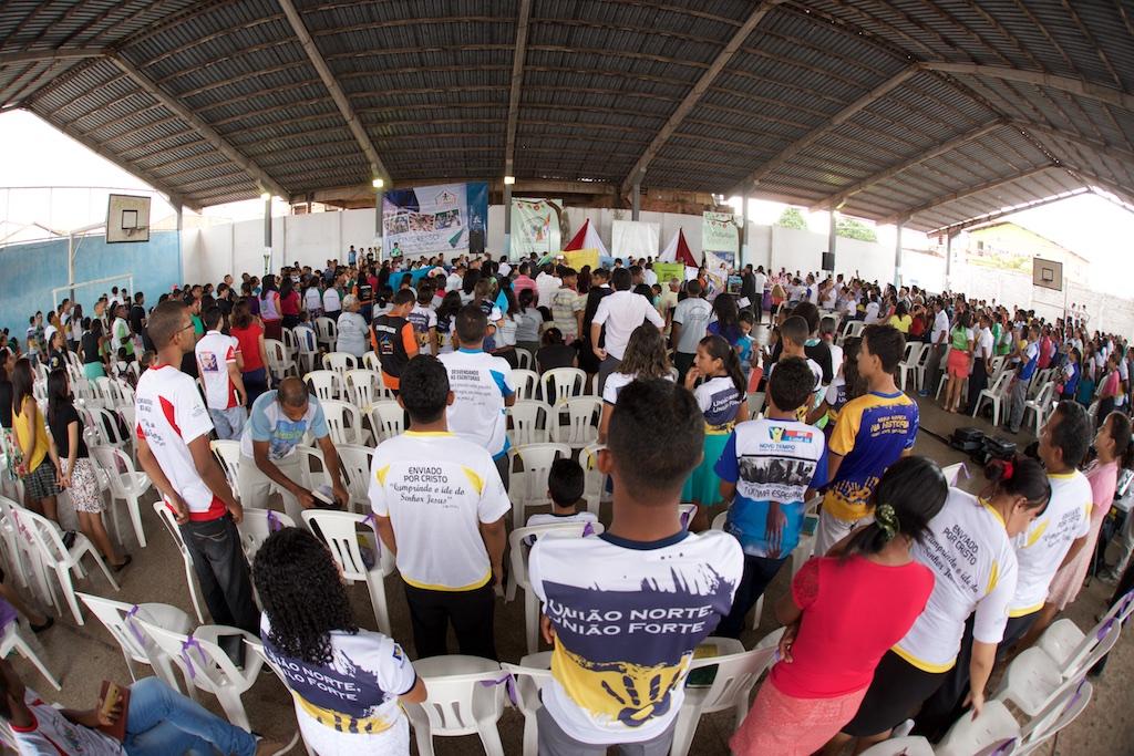 Celebração do projeto Multiplique Esperança em uma dos bairros de São Luís - MA.