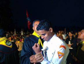 Alan dos Santos segundos antes do seu batismo no sábado à noite.