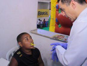 Ação voluntária movimenta a favela da Rocinha