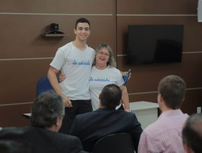 O amigo secreto, além de incentivar o estudo da Lição da Escola Sabatina, também ajudou na interatividade dos funcionários da Associação Brasil Central (ABC), sede administrativa da Igreja Adventista em Goiás.
