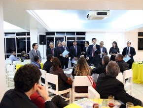 Todos os administradores e departamentais apresentaram juntos as etapas do projeto.