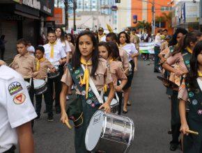 Desbravadores participam de desfile do Quebrando o Silêncio em São Bernardo do Campo.