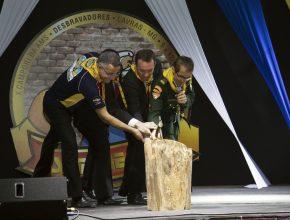 Líderes da Associação Mineira Sul declaram aberto o X Campori de Desbravadores Sempre Fiel