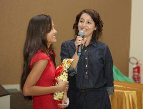 """Even ganhou o concurso do livro """"Vaso de Barro"""". [Foto: Nonato Alves]"""