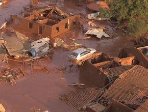 Tragédia aconteceu na quinta-feira (5) e deixou aproximadamente 600 pessoas desabrigadas (Foto: Portal G1)