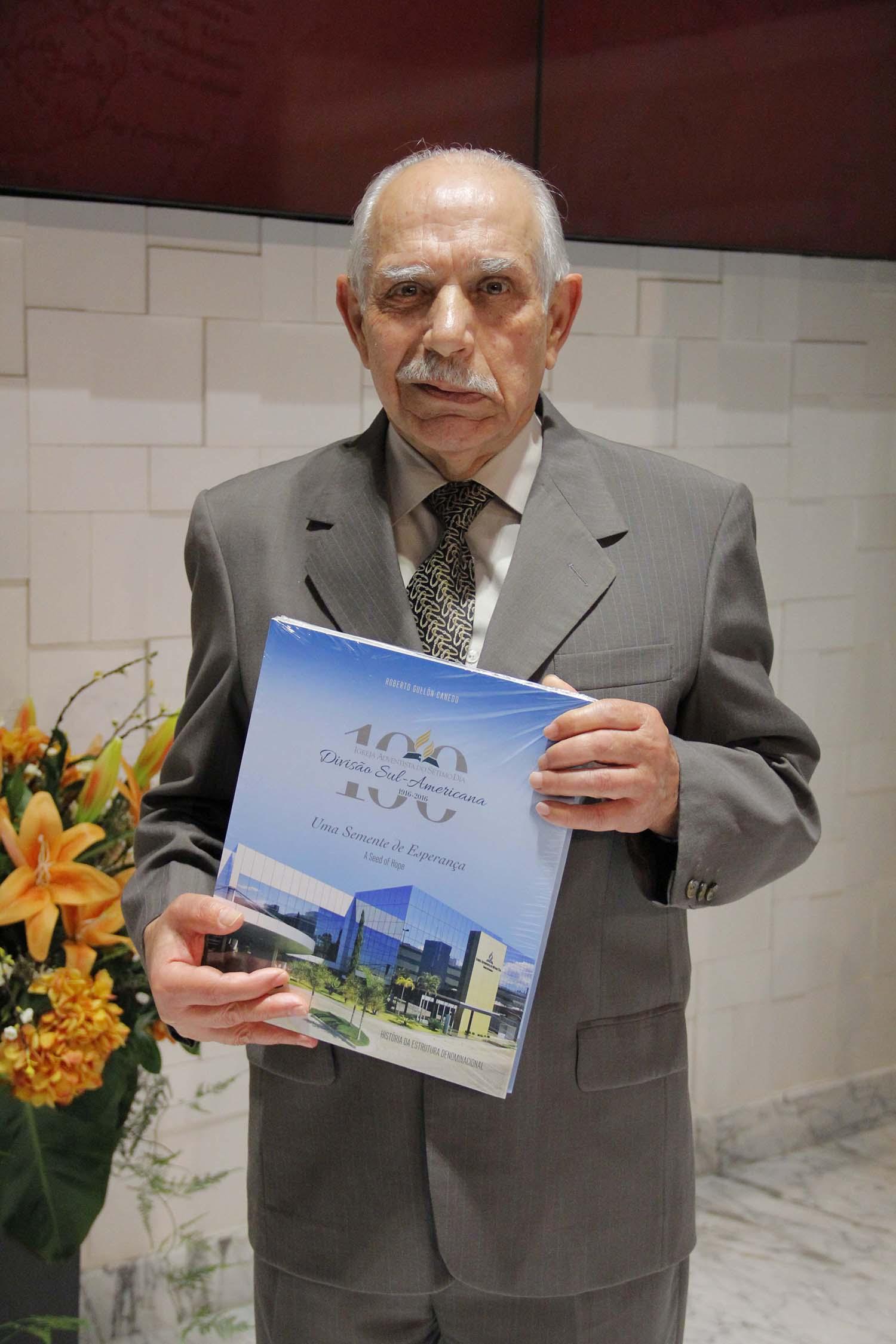 Sede-sul-americana-adventista-completa-100-anos11