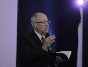 O doutor Peter Landless, inspirou médicos a trabalharem por propósito maior.