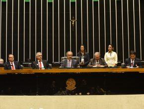 Sessão solene encerrou série de homenagens públicas pelo centenário do Unasp (Foto: Wilson Azevedo)