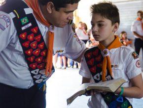 Propósito do programa foi incentivar as crianças a lerem a bíblia e estudar sobre a criação.