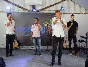 O grupo Heivis fez um musical especial no sábado pela tarde.