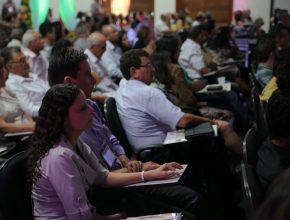 """Com o tema """" A História de Nós Dois"""", a programação contou com a participação do pastor Armin Rodor (professor de Teologia do Centro Universitário Adventista de São Paulo). Foto: Thiago Santos"""