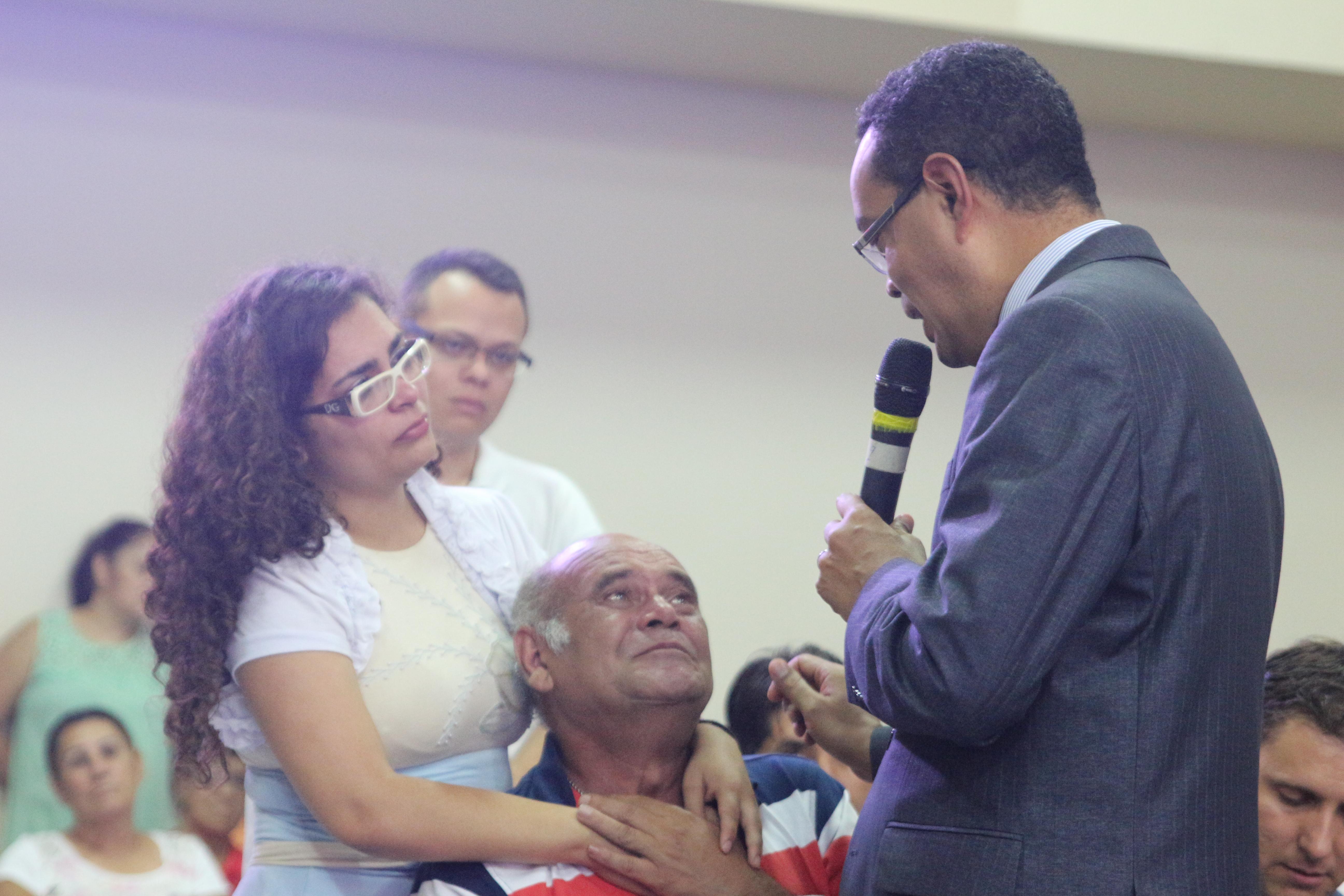 Após 20 anos, caminhoneiro decide voltar para Igreja Adventista