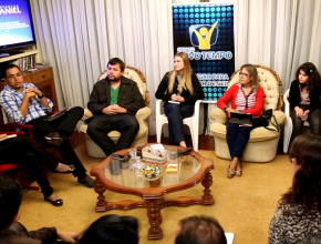 O encontro, que acontece todas as quintas, realiza estudos bíblicos com telespectadores.