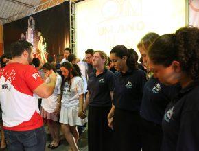 Momentos de oração fizeram parte do encerramento do programa.