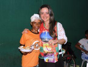 voluntarios-realizam-grande-ceia-de-natal-em-frete-a-hospital