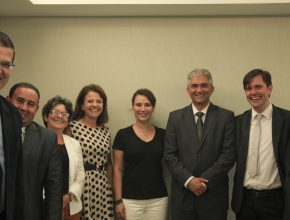 Primeira-dama de Curitiba, Márcia Fruet, esteve na sede da Igreja para acertas ações em parceria.