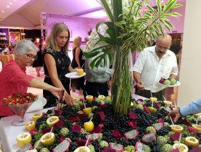 Participantes no jantar de encerramento do evento. Alimentação saudável foi um dos pontos mais abordados do programa