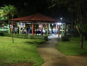 Culto pôr-do-sol no parque Santos Dummont