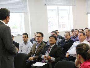 Reuniões acontecem a cada 2 meses e são chamadas de PAMP ( Programa de Atenção Mensal ao Pastor).