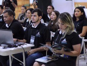 O grupo se manteve focado no aprendizado durante todo o programa.
