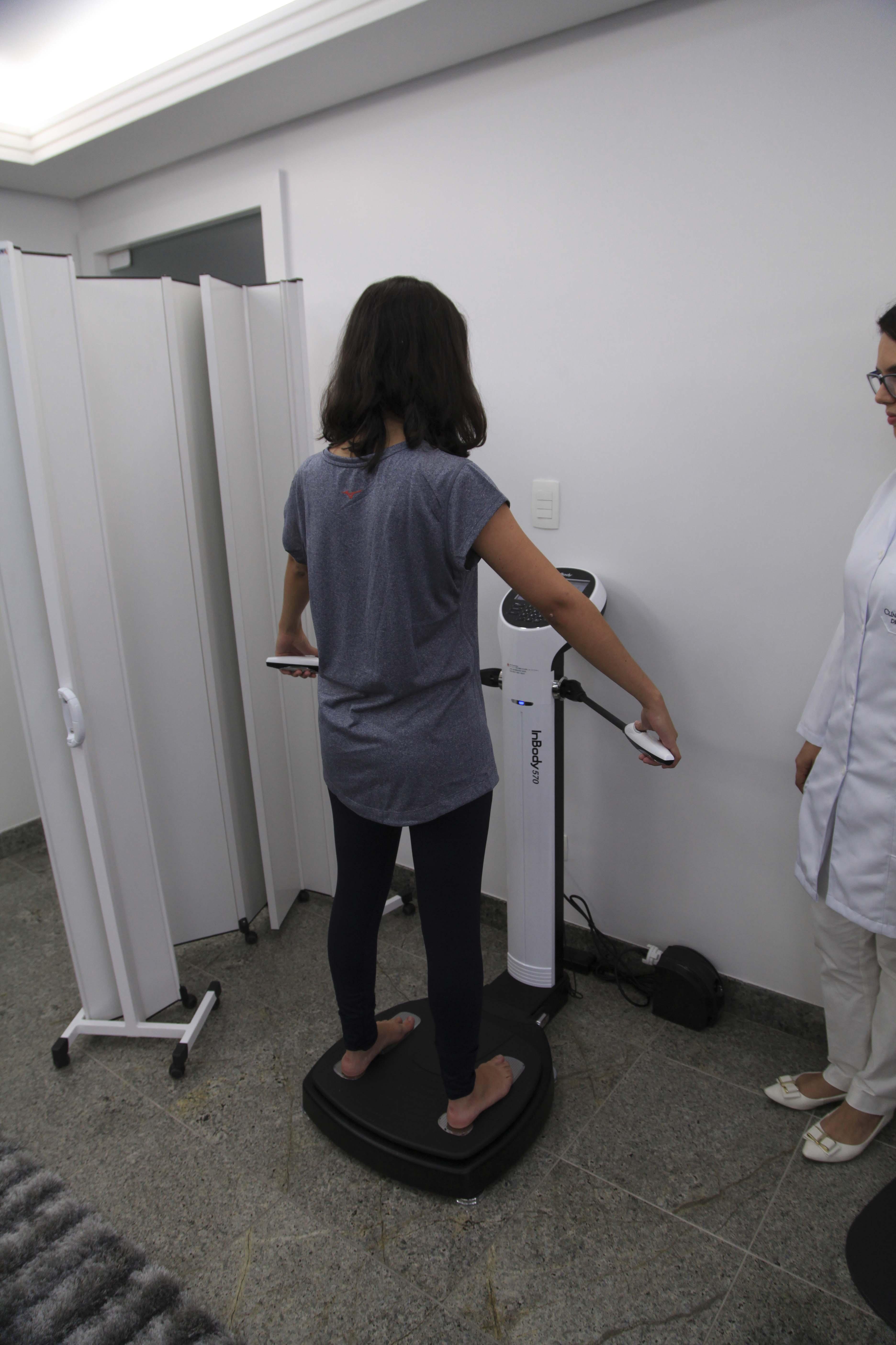 Em poucos minutos, por meio de um aparelho, os participantes tiveram uma avaliação completa do seu atual estado de saúde.