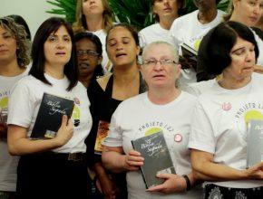 Diretoras do Ministério da Mulher das igrejas, ganharam materiais para dar início no Projeto Luz em suas respectivas igrejas.
