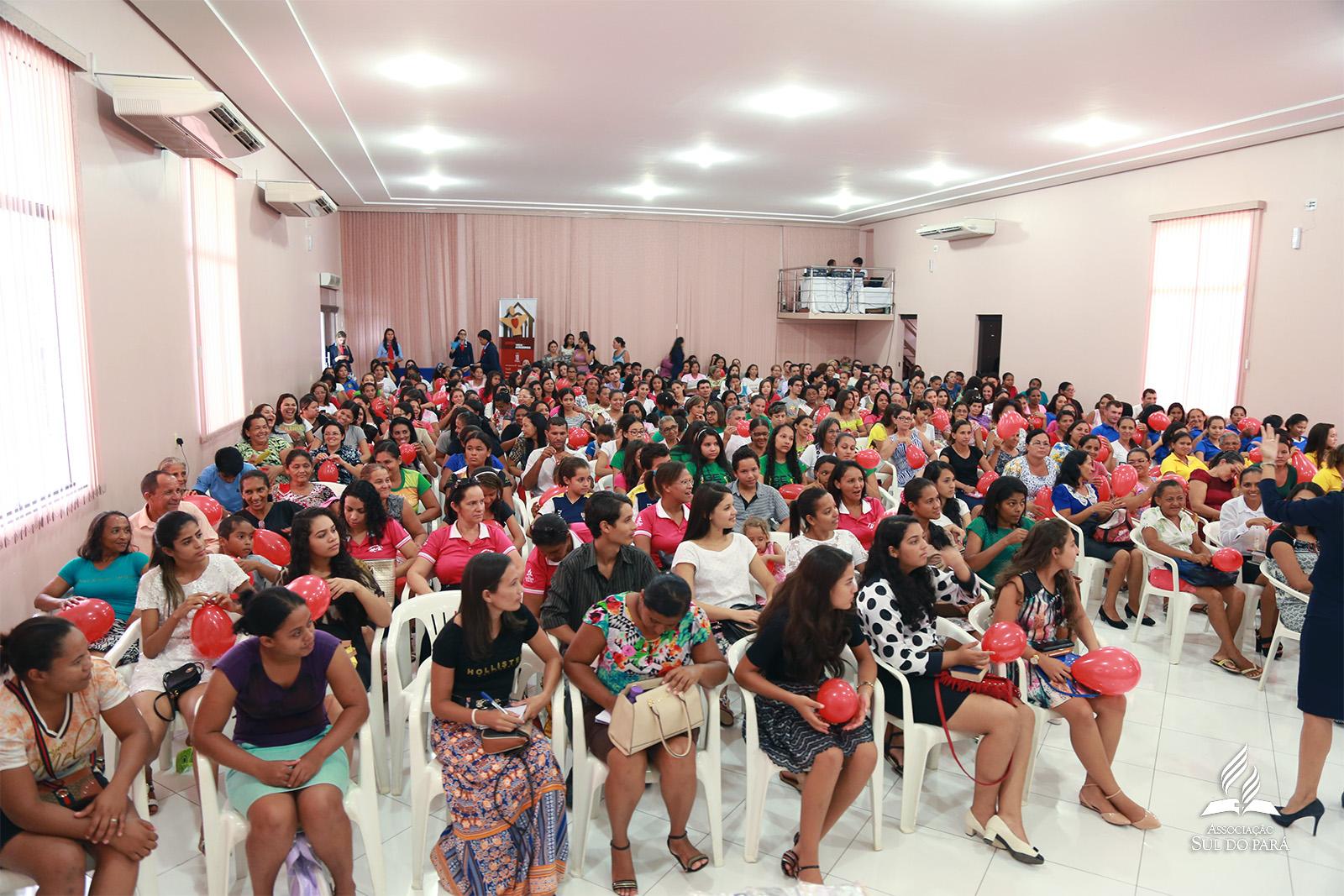 As orientações foram passadas para cerca de 300 recepcionistas.