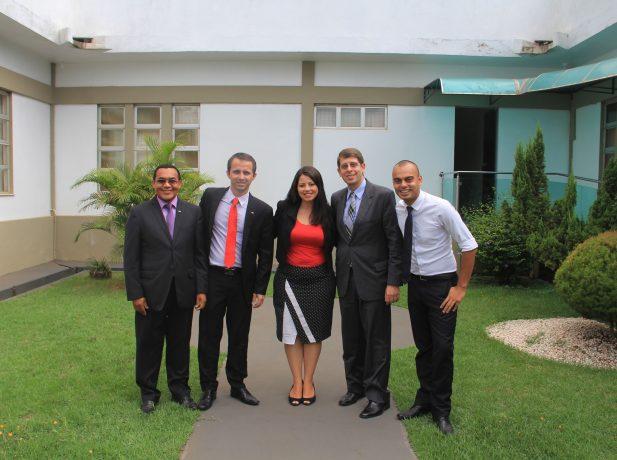 Equipe de Comunicação da Associação Amazônia Ocidental, que abrange o Norte de RO e Acre, com o líder da mesma área para a União Noroeste Brasileira, Ivo Mazzo, e pastor Rossi.