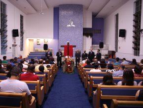 Cerimônia de Santa Ceia na Semana do Calvário na IASD Santo Amaro.