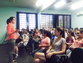 Cerca de 1.300 alunos aprenderam sobre prevenção de abusos, consequências do bullying e valorização pessoal.