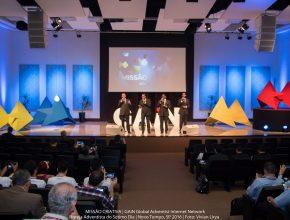 O quarteto oficial da Igreja Adventista na América do Sul, Arautos do Rei, cantou na abertura do programa.