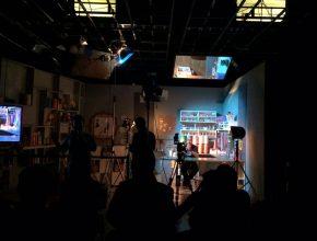 Durante a tarde, profissionais de comunicação se dividiram com oficinas específicas. Nesta foto, aula de iluminação em um dos estúdios da TV Novo Tempo