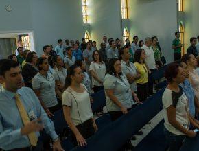 Funcionários do Hospital Adventista do Pênfigo durante semana de oração na instituição.