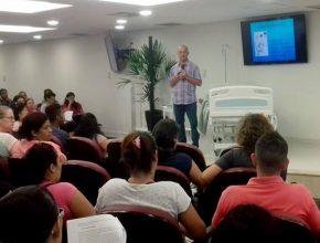 O curso aconteceu no auditório da Associação Paulistana, e reuniu dezenas de pessoas.