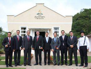 Líderes da Igreja Adventista da América do Sul, do Sul do Brasil e de Santa Catarina estiveram presentes na celebração