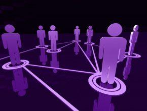 Os brasileiros foram identificados como um dos povos que mais passa tempo na internet, com cerca de 9 horas por dia conectados