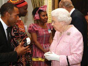 Rainha-da-Inglaterra-premia-estudante-adventista-por-seu-trabalho-em-Papua-Nova-Guine