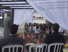 A Santa Ceia foi realizada ao ar livre.