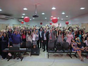 Professores com livro missionário de 2016, Esperança Viva