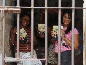 Detentas se alegraram com a mensagem de esperança