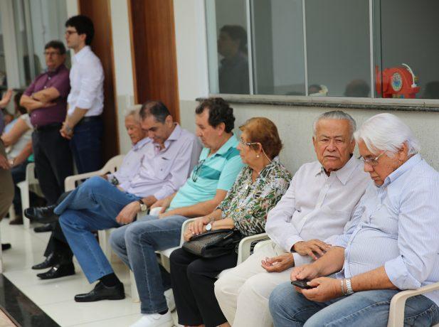 """Os moradores da região estavam presentes para conhecer o Centro de Influência """"Viva +""""."""