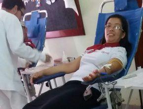 Iniciativa foi realizada no sábado (21) e mobilizou cem doadores