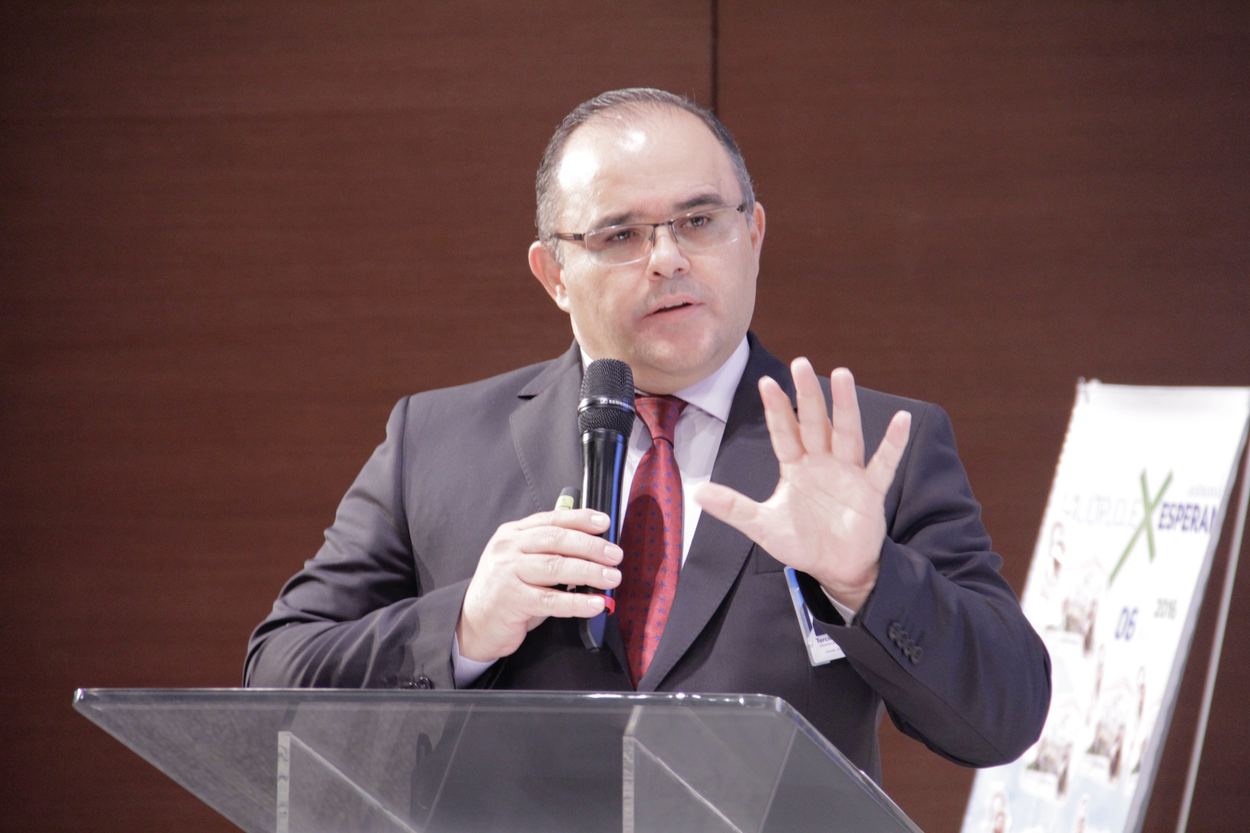 Pastor Tércio ressalta que o plano de implantação do colportor distrital será gradativo.