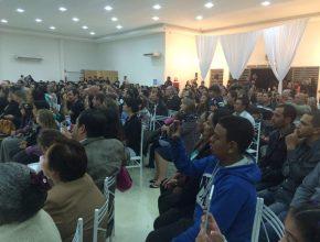 Auditório repleto de telespectadores da Novo Tempo em Pederneiras. Foto: colaborador local