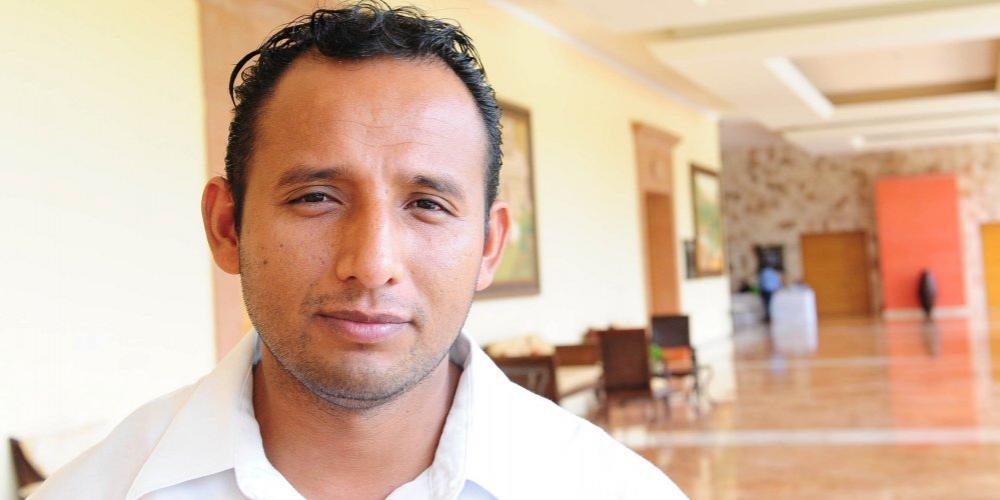 Pastor-mexicano-batiza-296-pessoas-em-area-hostil